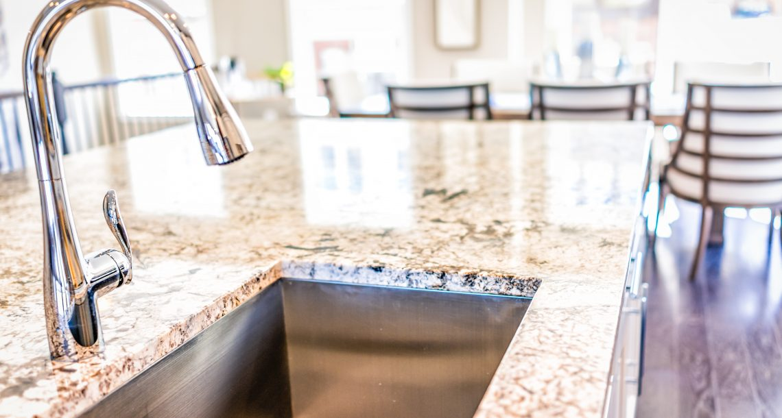 There are several differences between marble and granite countertops.